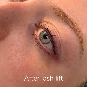 lashlift after